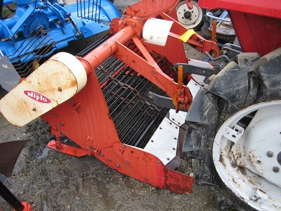 NIPLO BL-1050 POTATO HARVESTER